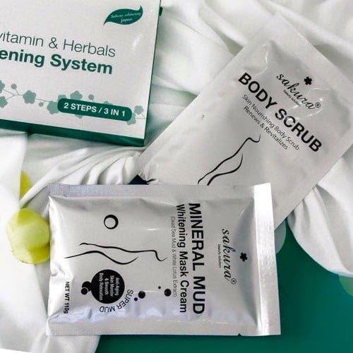 Bộ kem tắm trắng Sakura Multivitamin & Herbals Whitening System 02
