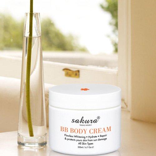 Kem dưỡng trắng da trang điểm toàn thân Sakura BB Body Cream 04