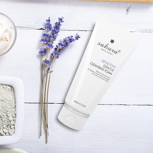 Sữa rửa mặt cho da nhạy cảm Sakura Sensitive Gentle Cleansing Foam 03