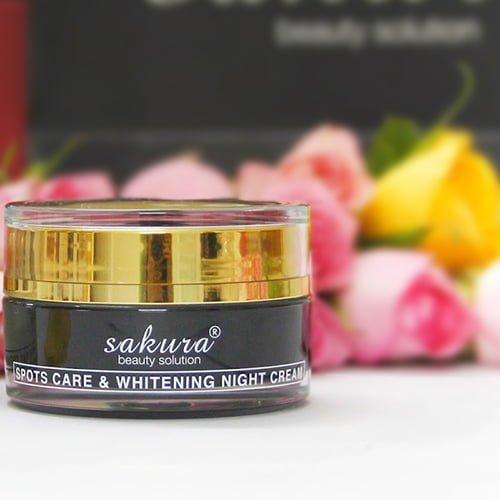 Kem trị nám ban đêm cao cấp dưỡng trắng da Sakura 03