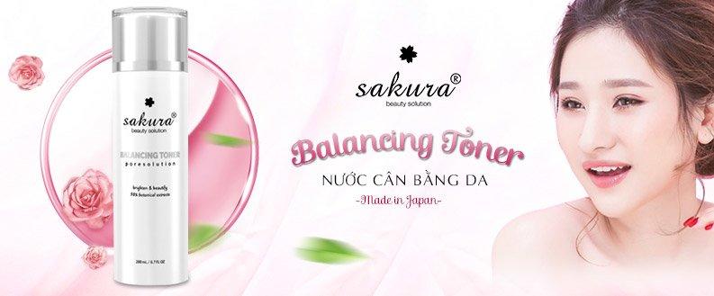 Nước hao hồng cân bằng da Sakura Balancing Toner