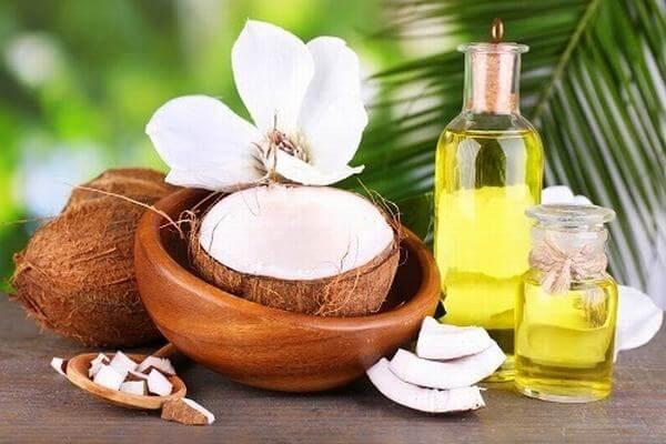 Massageishealthy chia sẻ cách làm dài lông mi bằng dầu dừa