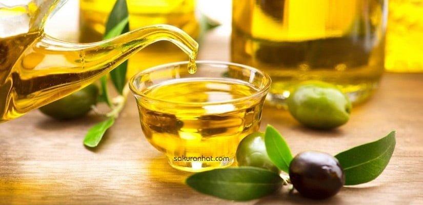 #3 Cách chăm sóc tóc khô với dầu oliu