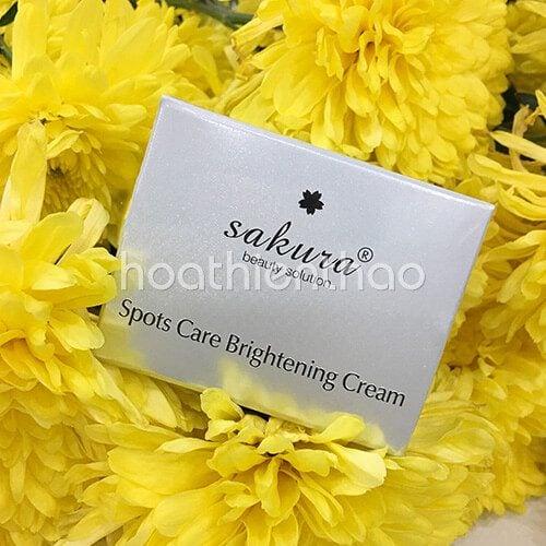 Kem dưỡng trắng da mặt ngừa nám Sakura 5